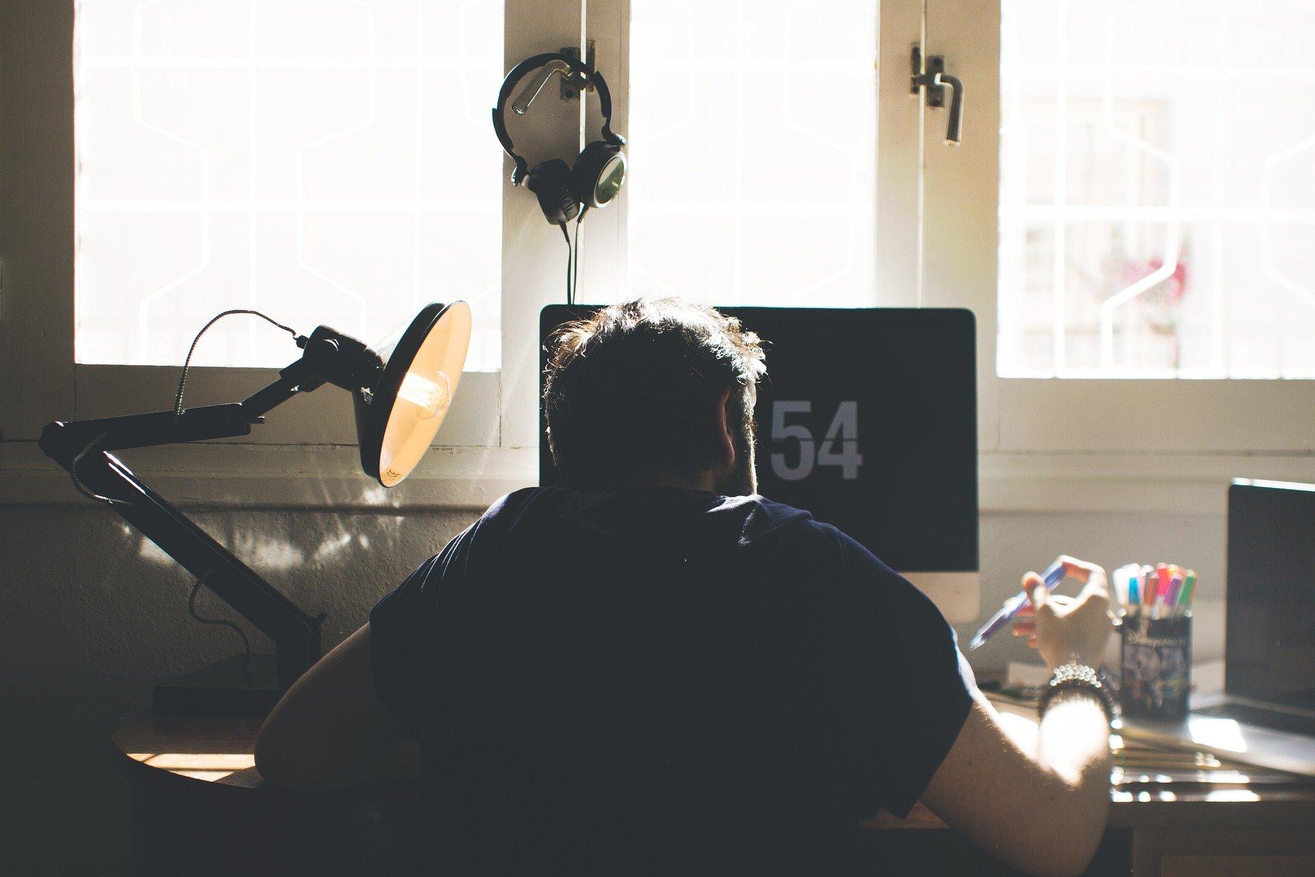 6-tipps-fuer-mehr-bewegung-im-home-office